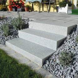 Syenit Pflastersteine Gespalten Größe 4 x 6 cm lose