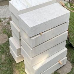 Granit Pflaster grau gespalten lose gelagert in Elz Westerwald Größe 8 x 10 cm