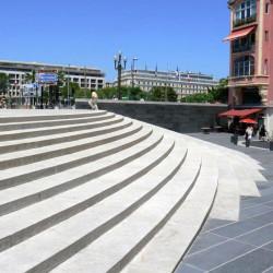 Granit Pflaster grau gespalten lose gelagert in Elz Westerwald Schüttbox