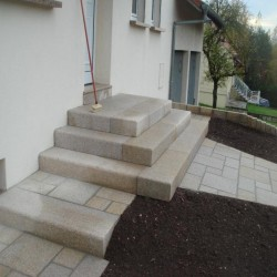 Basaltlava Vulcano Terrassen Platten 3 cm stark geschliffen