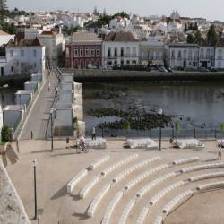 Granit Weißgrau Blockstufen geflammt mit 200 cm Länge
